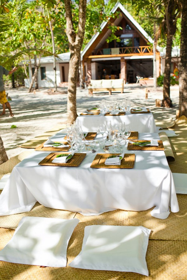 mariage-theme-champetre-table-exterieur