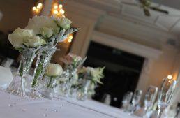 Comment sublimer votre décoration de mariage grâce aux bougies